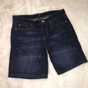 Gap Bermuda Jean Shorts Size 2 / 26